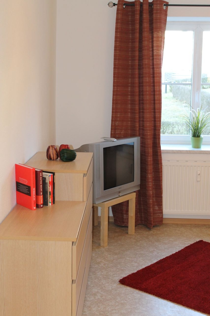 m blierte 1 raum wohnung in chemnitz. Black Bedroom Furniture Sets. Home Design Ideas
